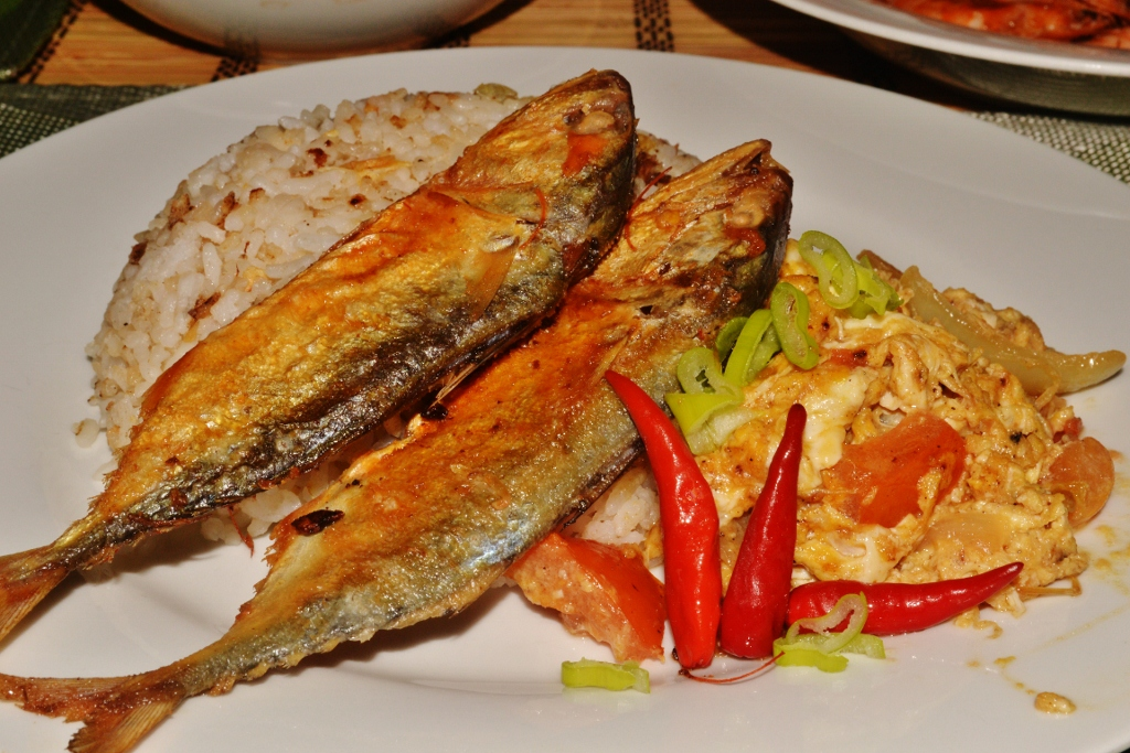 Tuyosilog dried fish egg and fried rice foodtrip for Fish fried rice
