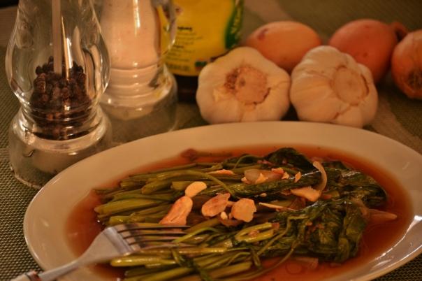 how to cook adobong sitaw at kangkong