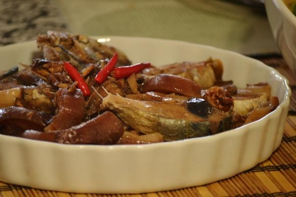 how to cook kalderetang baboy